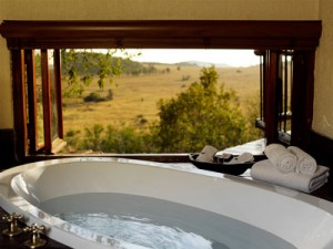 Tshukudu-Bush-Lodge-Morning-Bath